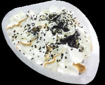 Торт-мороженое (сердце) с вареным сгущенным молоком и шоколадной крошкой